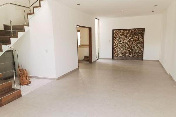 Foto de casa en venta en praderas del bosque , el bosque, san juan del río, querétaro, 12278660 No. 02