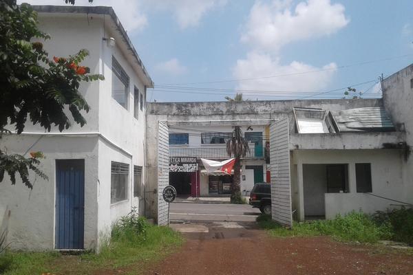 Foto de bodega en venta en  , prados de cuernavaca, cuernavaca, morelos, 14203334 No. 02
