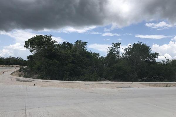 Foto de terreno habitacional en venta en  , privada maya, mérida, yucatán, 9285123 No. 01