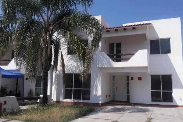 Casa en privada circuito la divina 1 villa san pedro en for Villas 400 salamanca