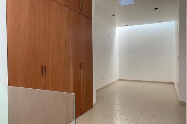 Foto de casa en venta en  , privada de bugambilias, san luis potosí, san luis potosí, 14031182 No. 02