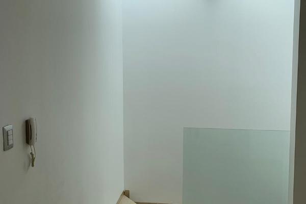 Foto de casa en venta en  , privada de bugambilias, san luis potosí, san luis potosí, 14031182 No. 03