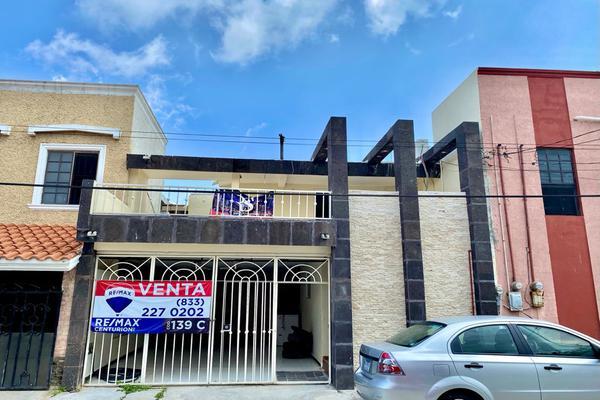 Foto de casa en venta en privada felipe angeles , ampliación unidad nacional, ciudad madero, tamaulipas, 20097334 No. 01
