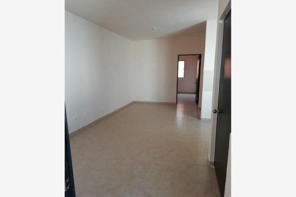 Foto de casa en venta en  , privada los magueyes, saltillo, coahuila de zaragoza, 8693015 No. 04