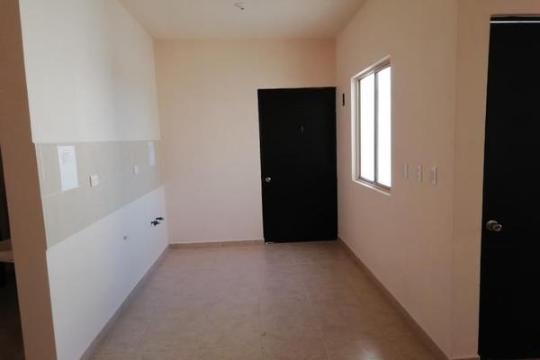 Foto de casa en venta en  , privada los magueyes, saltillo, coahuila de zaragoza, 8693015 No. 05