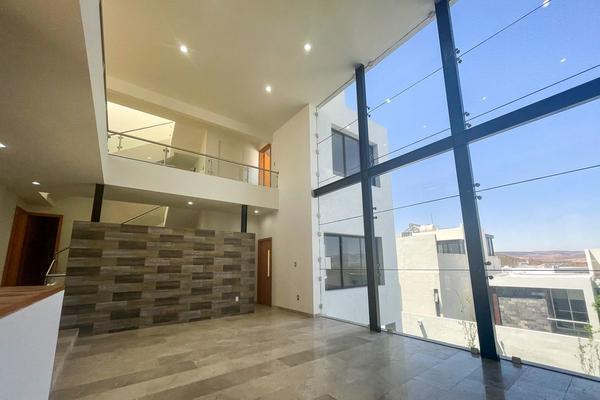 Foto de casa en venta en privada palmillas , club de golf la loma, san luis potosí, san luis potosí, 8693233 No. 02