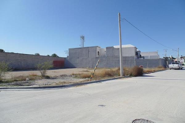 Foto de terreno comercial en venta en privada sin nombre lote 7, los gonzález, saltillo, coahuila de zaragoza, 9933321 No. 01