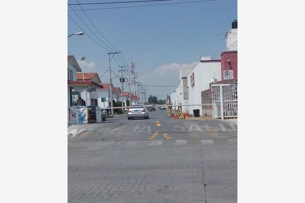 Foto de departamento en venta en privada villas de san fernando 35, santiago teyahualco, tultepec, méxico, 7576140 No. 02
