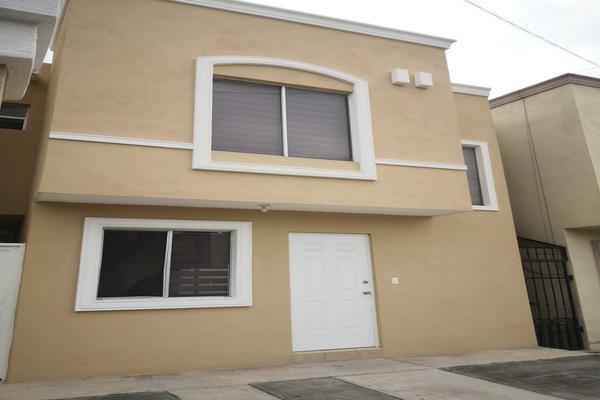 Foto de casa en venta en  , privadas de santa catarina sector elite, santa catarina, nuevo león, 0 No. 02