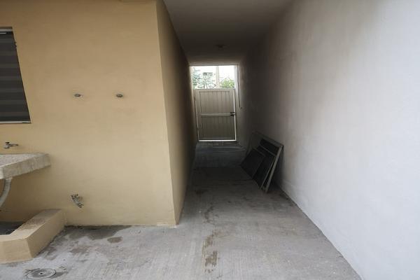 Foto de casa en venta en  , privadas de santa catarina sector elite, santa catarina, nuevo león, 0 No. 08