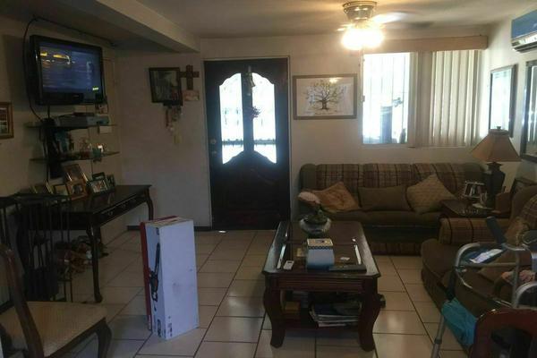 Foto de casa en venta en  , privadas de santa rosa, apodaca, nuevo león, 0 No. 03