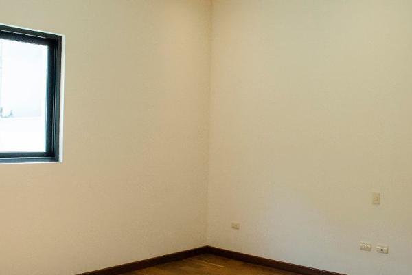 Foto de casa en venta en  , privanzas alejandría, san pedro garza garcía, nuevo león, 14023905 No. 14