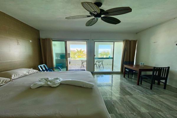 Foto de edificio en venta en  , progreso de castro centro, progreso, yucatán, 18840456 No. 08