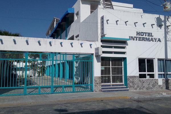 Foto de edificio en venta en  , progreso de castro centro, progreso, yucatán, 18840460 No. 01