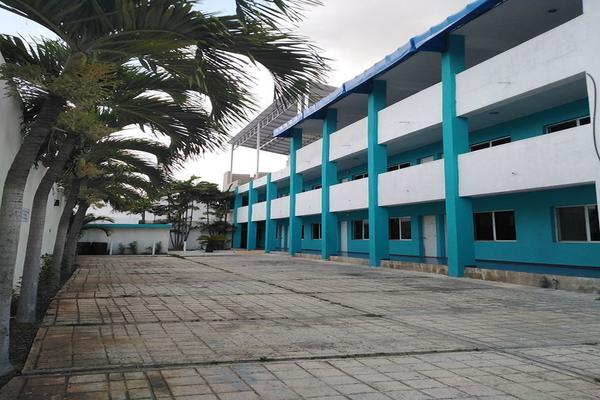Foto de edificio en venta en  , progreso de castro centro, progreso, yucatán, 18840460 No. 03