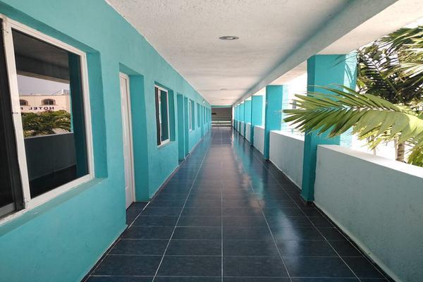 Foto de edificio en venta en  , progreso de castro centro, progreso, yucatán, 18840460 No. 05