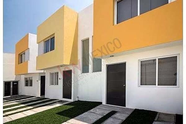 Foto de casa en venta en prolongacion bernardo quintana , insurgentes, querétaro, querétaro, 5935909 No. 01