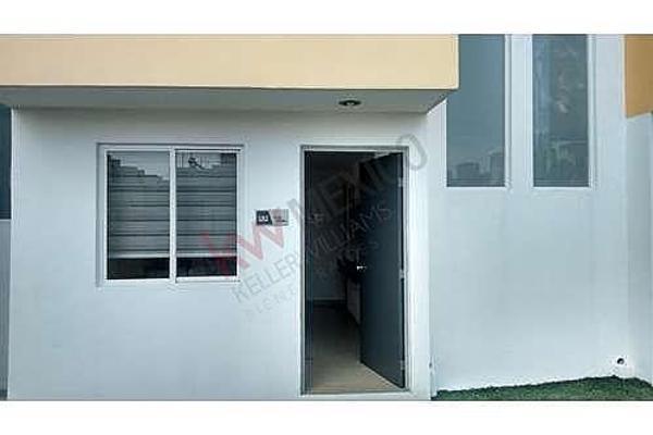 Foto de casa en venta en prolongacion bernardo quintana , insurgentes, querétaro, querétaro, 5935909 No. 02