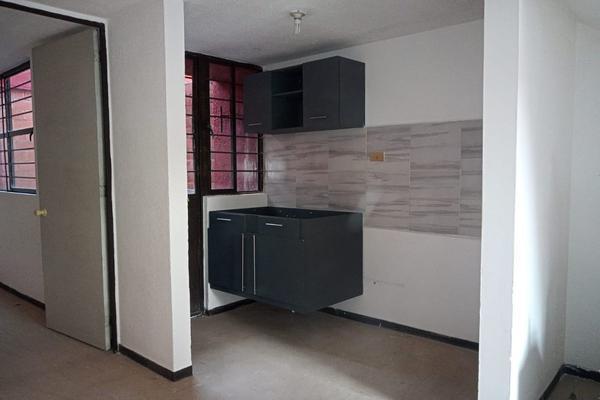 Foto de casa en venta en prolongación guerrero , ignacio romero vargas, puebla, puebla, 19763700 No. 02