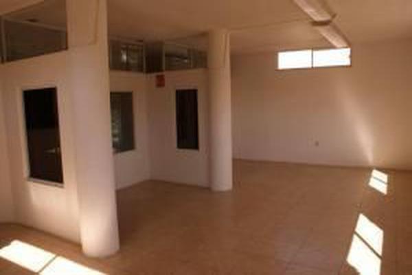 Foto de oficina en renta en prolongacion zaragoza , jardines de la hacienda, querétaro, querétaro, 17717733 No. 02