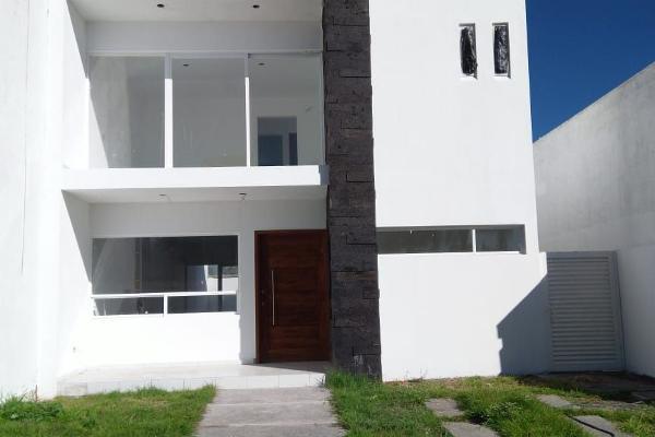 Foto de casa en venta en  , provincia santa elena, querétaro, querétaro, 8855437 No. 01