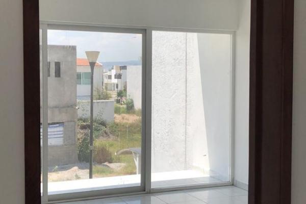 Foto de casa en venta en  , provincia santa elena, querétaro, querétaro, 8855437 No. 02