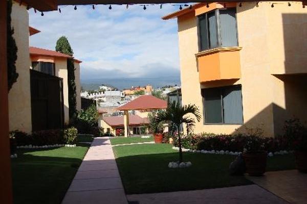 Foto de casa en venta en  , provincias del canadá, cuernavaca, morelos, 2683936 No. 01