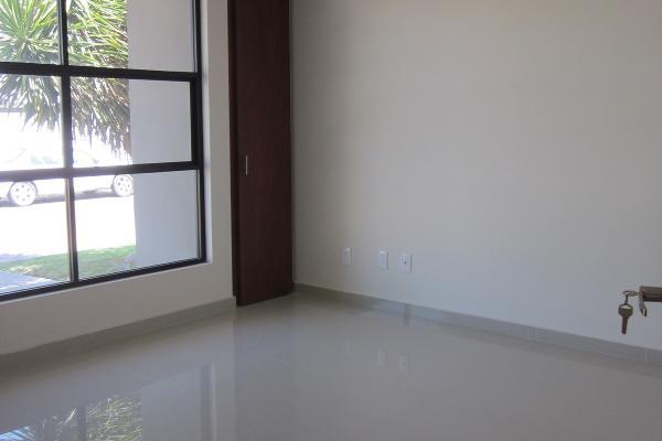 Foto de casa en venta en  , pueblo nuevo, corregidora, quer?taro, 3220873 No. 03