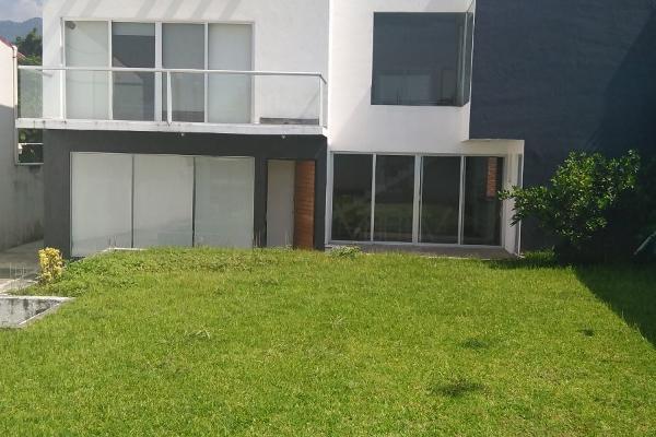 Foto de casa en venta en  , puente pantitlán, tlayacapan, morelos, 8854868 No. 01