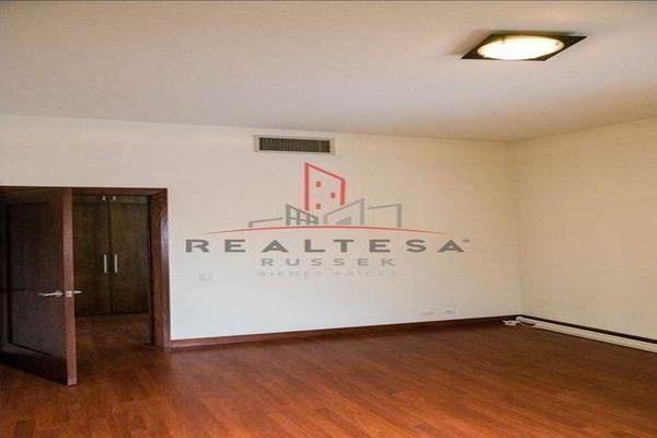 Foto de casa en venta en  , puerta de hierro i, chihuahua, chihuahua, 13468501 No. 32