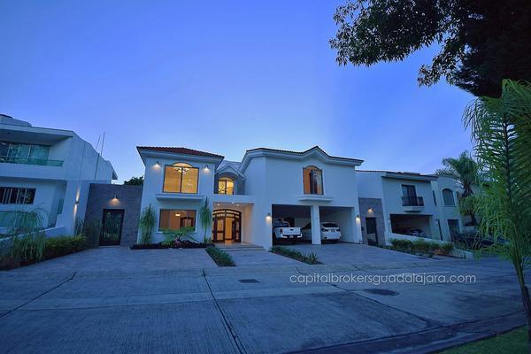 Foto de casa en venta en  , puerta de hierro, zapopan, jalisco, 5823703 No. 02