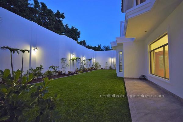 Foto de casa en venta en  , puerta de hierro, zapopan, jalisco, 5823703 No. 03