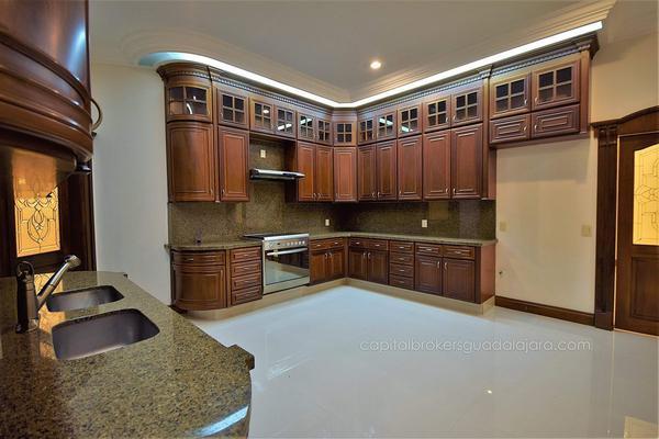 Foto de casa en venta en  , puerta de hierro, zapopan, jalisco, 5823703 No. 08