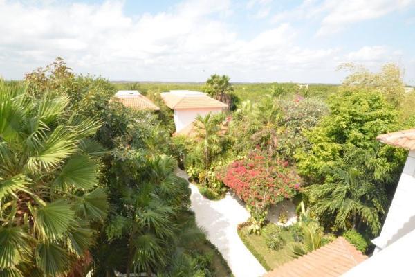 Foto de terreno habitacional en venta en  , puerto morelos, benito juárez, quintana roo, 7165163 No. 02