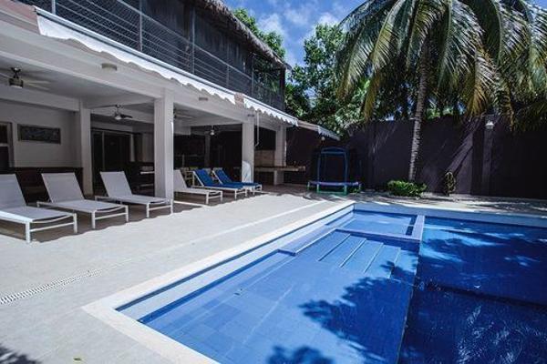 Foto de casa en venta en quetzal , zona hotelera, benito juárez, quintana roo, 4635218 No. 01