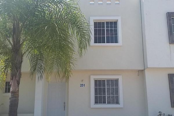 Foto de casa en venta en  , quinta real, irapuato, guanajuato, 3109457 No. 01