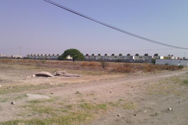 Foto de terreno habitacional en venta en  , quintanares, pedro escobedo, querétaro, 3431138 No. 02