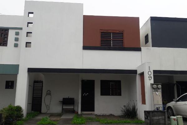 Foto de casa en renta en  , radica, apodaca, nuevo león, 14038146 No. 01