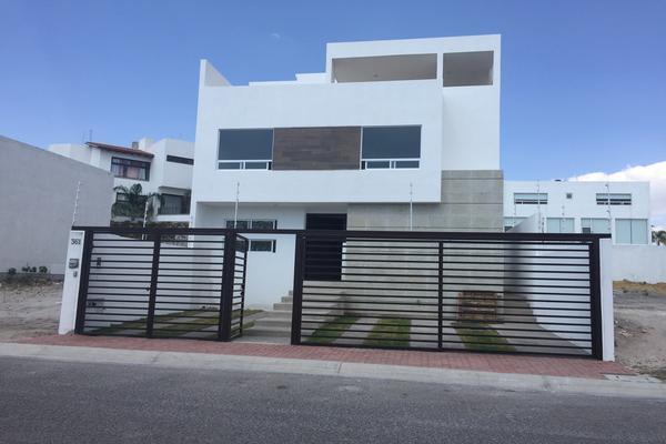Foto de casa en venta en  , real de juriquilla (diamante), querétaro, querétaro, 14035020 No. 01