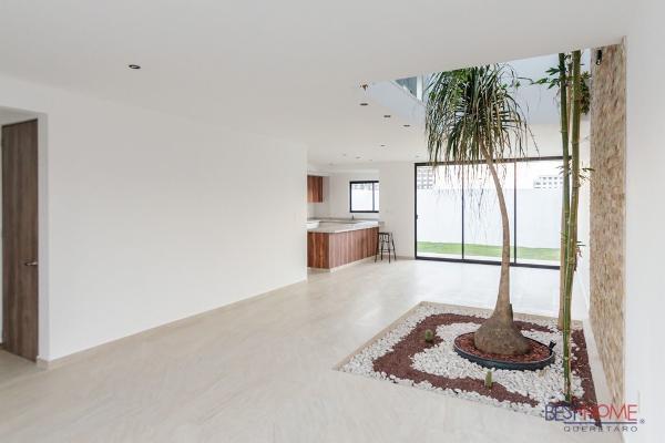 Foto de casa en venta en  , real de juriquilla (diamante), querétaro, querétaro, 14035939 No. 02