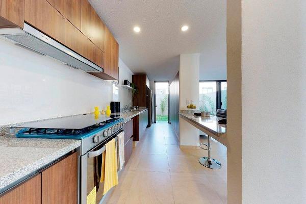 Foto de casa en venta en  , real de juriquilla (diamante), querétaro, querétaro, 14035999 No. 02