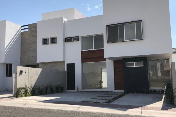 Foto de casa en venta en  , real de juriquilla (diamante), querétaro, querétaro, 14037440 No. 01