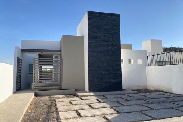 Foto de casa en venta en  , real de juriquilla (diamante), querétaro, querétaro, 7517350 No. 01