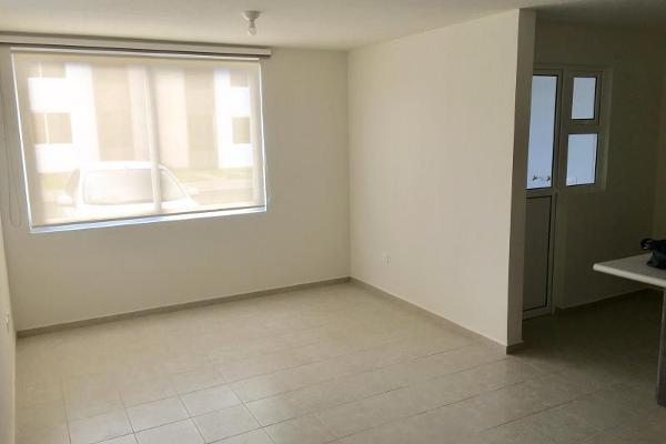 Foto de casa en renta en  , real del marques residencial, querétaro, querétaro, 12274249 No. 02