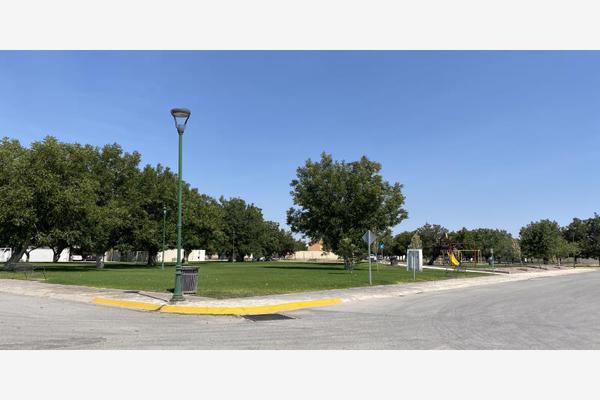 Foto de terreno habitacional en venta en  , real del nogalar, torreón, coahuila de zaragoza, 16276430 No. 01