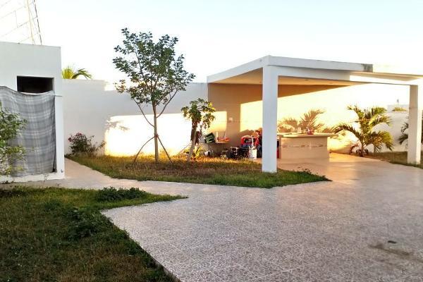 Foto de casa en venta en  , real montejo, mérida, yucatán, 4392921 No. 02