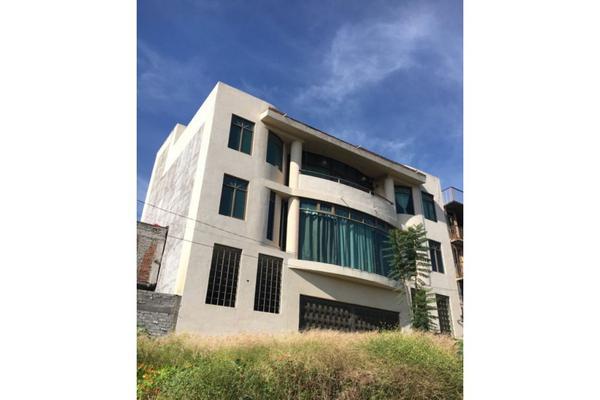Foto de casa en venta en  , real punhuato, morelia, michoacán de ocampo, 9312202 No. 02