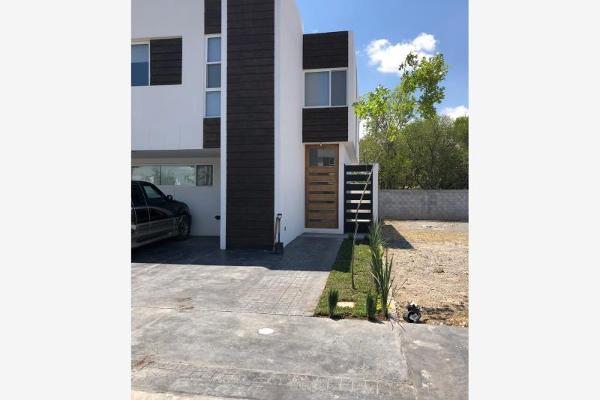 Foto de casa en venta en  , real villas de la aurora, saltillo, coahuila de zaragoza, 8738291 No. 01
