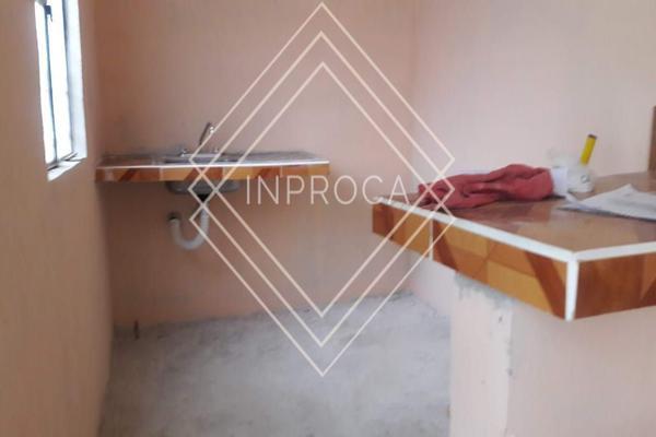 Foto de terreno habitacional en venta en  , región 219, benito juárez, quintana roo, 0 No. 02