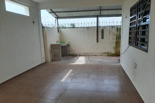 Foto de casa en venta en  , residencial arboledas, othón p. blanco, quintana roo, 20001525 No. 06